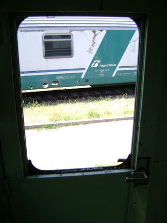 Vandali sul treno corrierefiorentino for Cabine del torrente grave