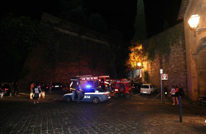 Veronica Locatelli, 37 anni, cade da uno dei bastioni del Forte Belvedere e muore