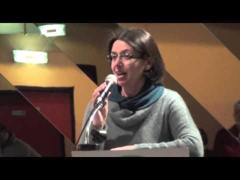 Laura Bennati, classe 1978, si presenta alle amministrative con una lista civica a sinistra. Su internet la trovate su Facebook Laura Bennati https://www.facebook.com/laura.bennati.52?fref=ts. E su Twitter: @Laura_Bennati https://twitter.com/Laura_Bennati