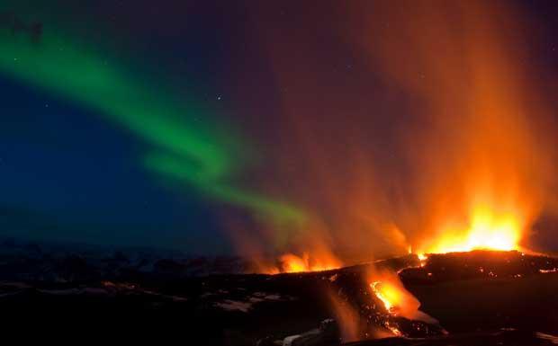 Corriere fiorentino for Aurora boreale sfondo