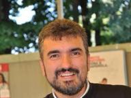 Don Damiano trasferito, Camaiore contro il vescovo