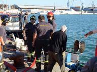 Livorno, collisione traghetto-peschereccio: paura in porto