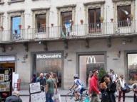 Caso McDonald's a Firenze Nardella: «I fiorentini con me»