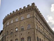 Firenze, falso allarme bomba nel palazzo dei Ferragamo