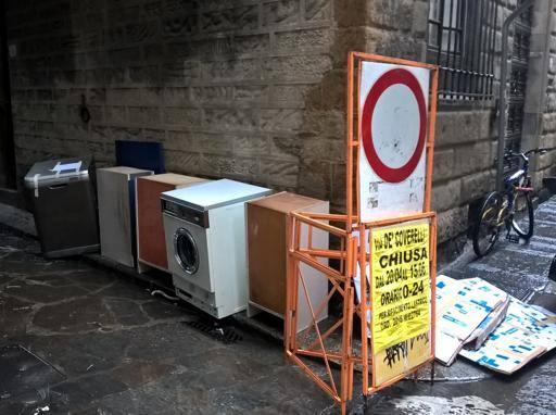 Mobili e lavatrici discarica oltrarno - Mobili lavatrici ...