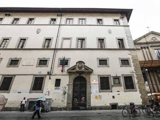 Firenze, liceo classico da salvare, la carica dei seimila