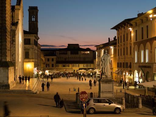 Maxi ristorante Toscana, borghi e citt a tutto cibo