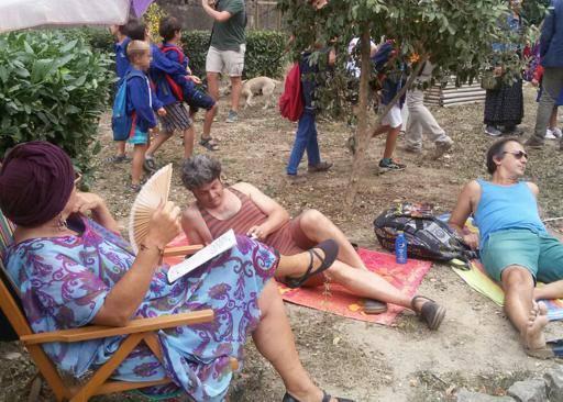 Col piedibus o tra gli ombrelloni In Toscana si torna sui banchi
