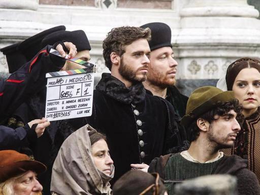 Firenze, i Medici a Palazzo Vecchio Ed è di nuovo red carpet