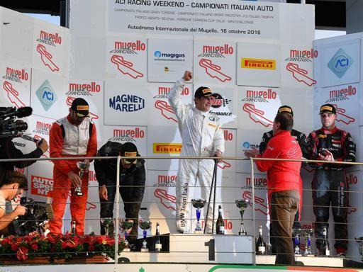 Zanardi, un trionfo dietro l'altro Torna a vincere anche in pista