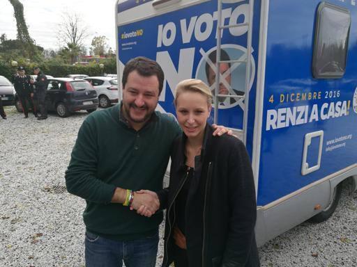 Referendum, il mini tour di Salvini in Toscana e il pranzo con Le Pen