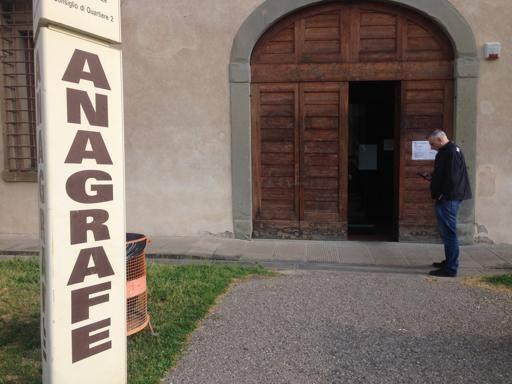Ufficio Anagrafe A Firenze : Anagrafe a firenze il labirinto degli orari corrierefiorentino